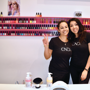 On the Road: Nails and Beauty Bar, Florence, Italy
