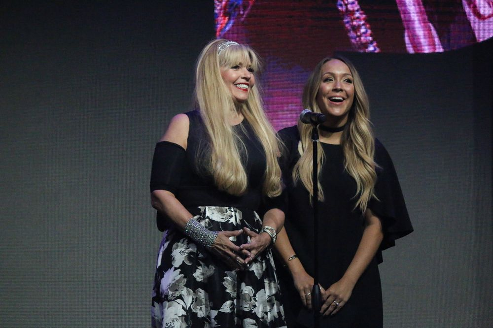 <p>Modern Salon's Maggie Mulhern and Alison Alhamed presented the award for Nail Professional of the Year at NAHA</p>