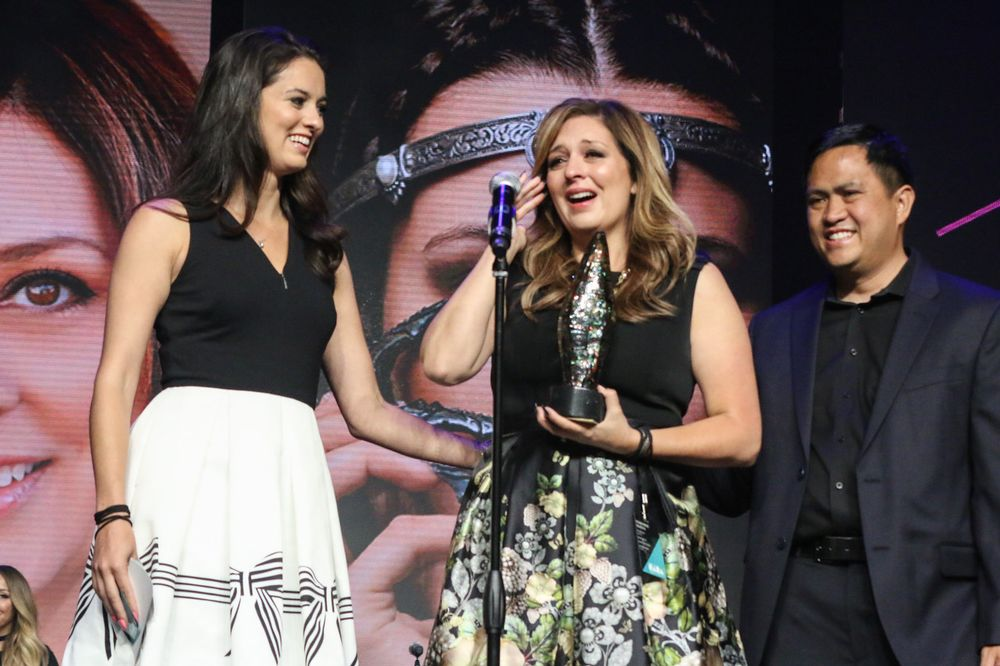 <p>Nail Professional of the Year Rochelle Dingman (center) with daughter and makeup/hairstylist Phoebe Dingman (left) and their photographer Ed Carlo Garcia</p>