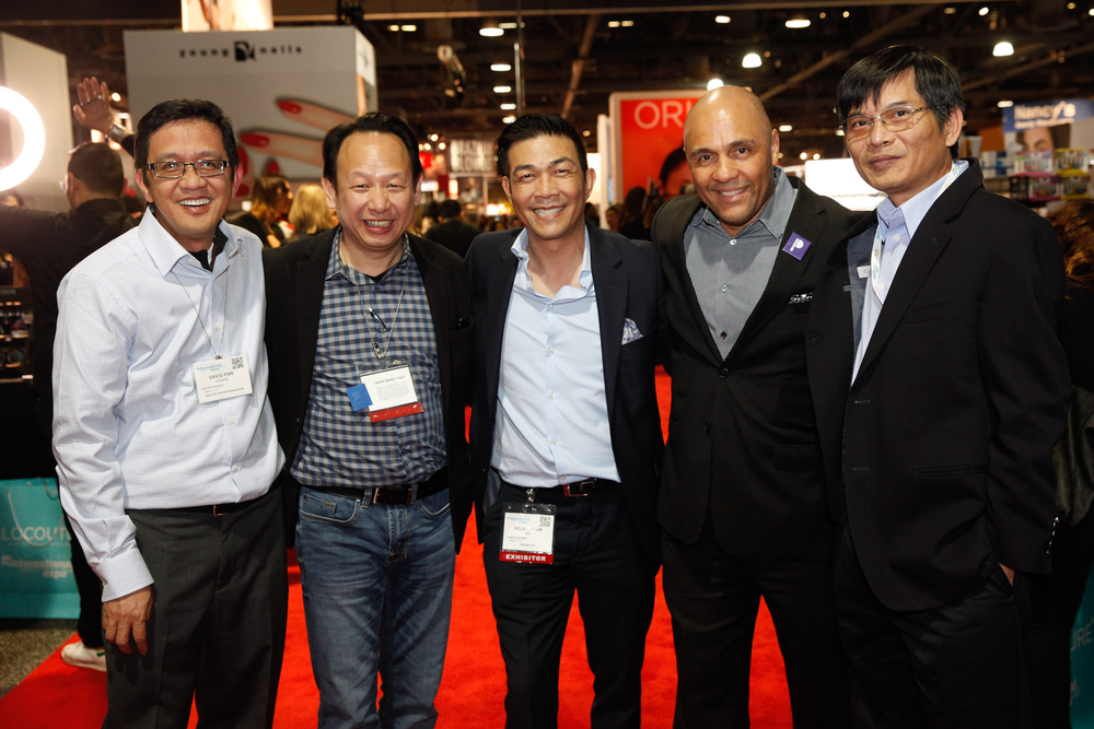 <p>David Pan, LeChat's Newton Luu, AII's Kelvin St. Pham and Donald Anderson, and CND's Thong Vu</p>