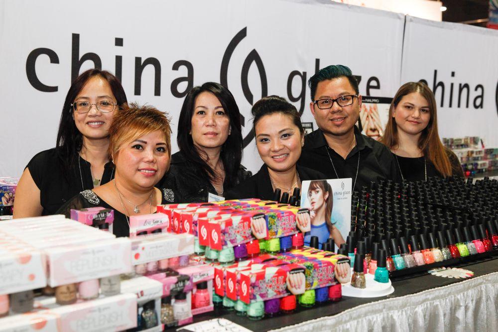 <p>China Glaze came out in full force: Karen Vuong, MyDuyen Doan, Mimie Le, Sammi Nguyen, Andy Ho, and Bridgette Jones</p>