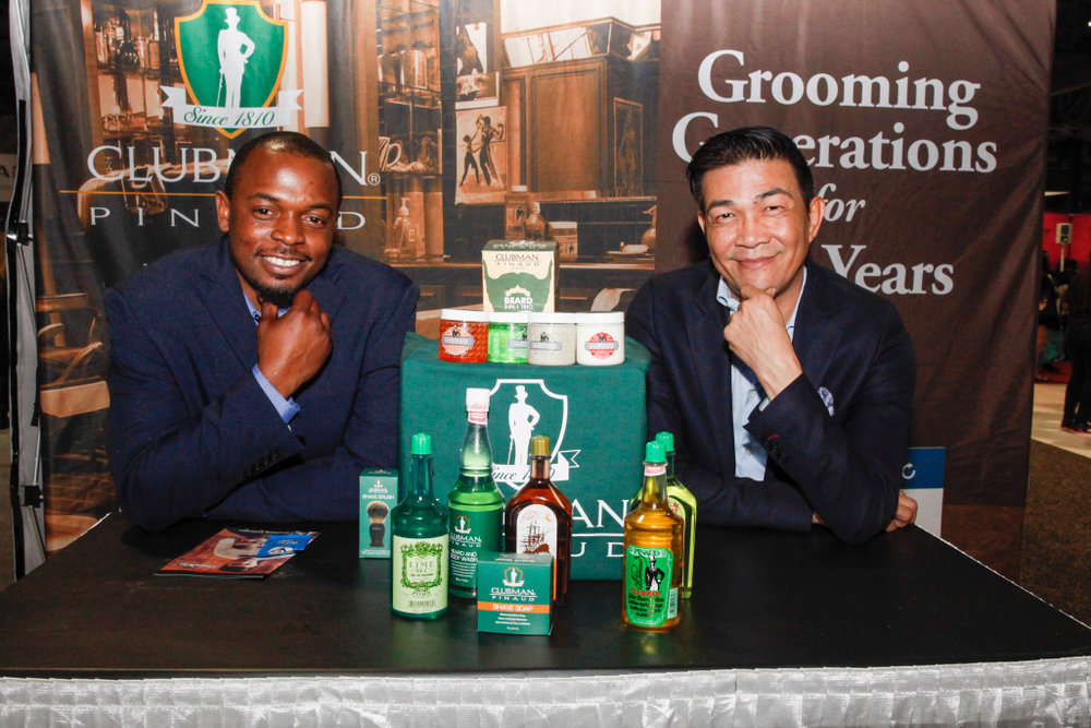 <p>Clubman's Ivory Thomas and Kelvin St. Pham</p>