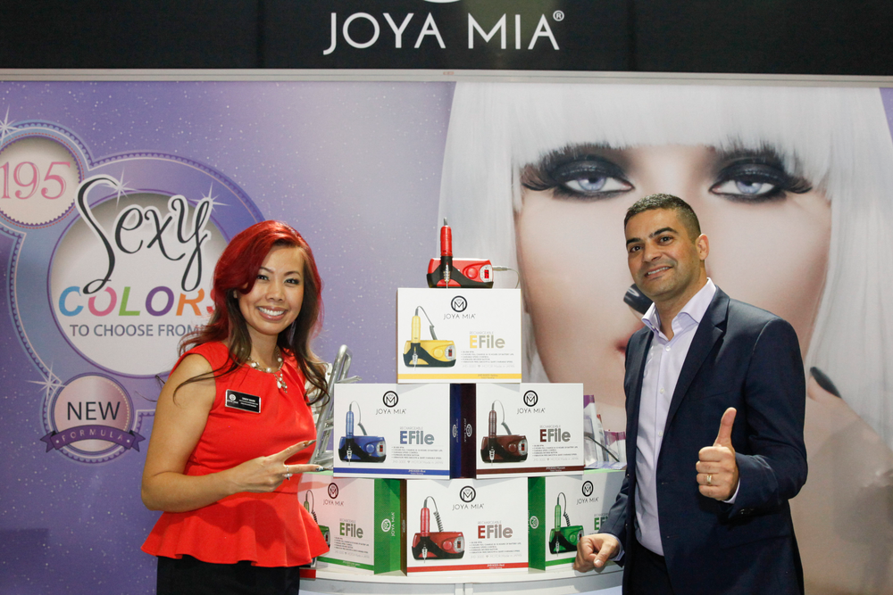 <p>Joya Mia's Sindy Mark and Benny Dadon promoted Joya Mia's rechargeable and portable E-file.</p>