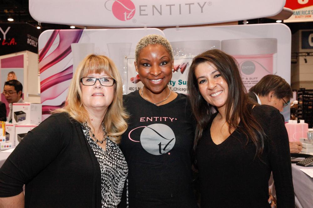<p>Entity Beauty's Samra Hallett, Tracey Sturdivant, and Bri Peyton</p>