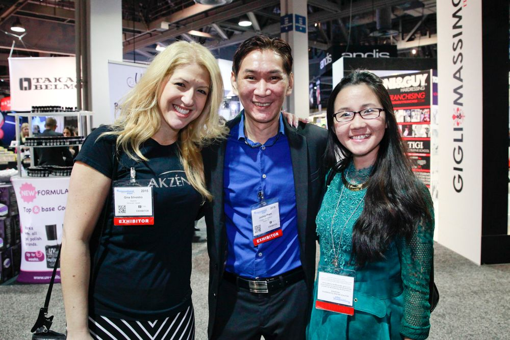 <p>Gina Silvestro, Joseph Pham, and VietSALON managing editor Anh Tran</p>