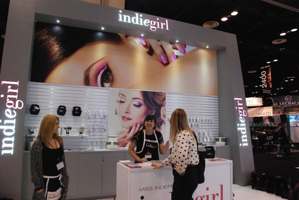 <p>Indiegirl's fabulous new booth has a giant beauty image that changes by season</p>