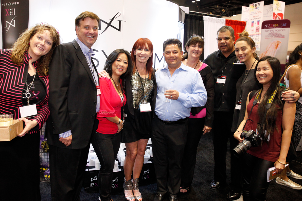 <p>The Famous Names team with VietSALON's Anh Tran</p>