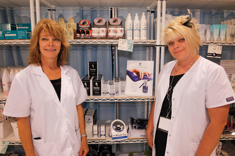<p>AII's Marisa Crane and Stacy Harrill promoted the company's Seche line of products.</p>