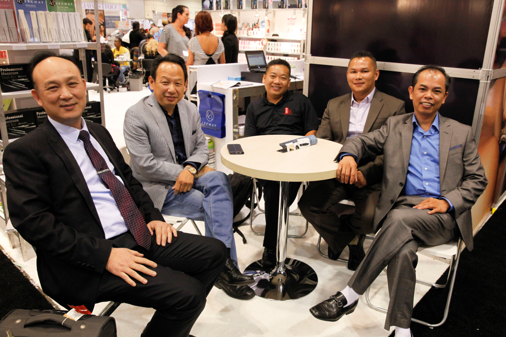 <p>Dung Pham, LeChat's Newton Luu, Phuoc Ngo, Do Nguyen, and Venus Beauty Systems' Tommy Tran</p>
