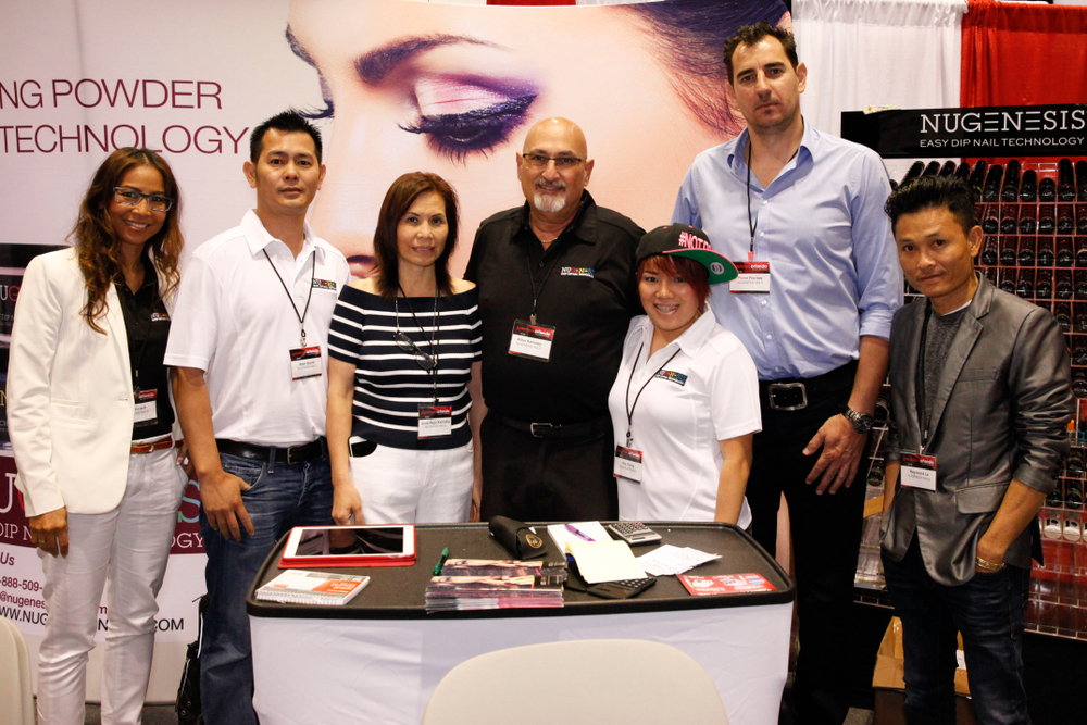 <p>The Nugenesis international team &mdash; Linh Girault from France, Sean Huynh, Julieanna and Allan Kalinsky, Nisa Dang, Florin Flontas from Germany, and Raymond Le from Italy.</p>