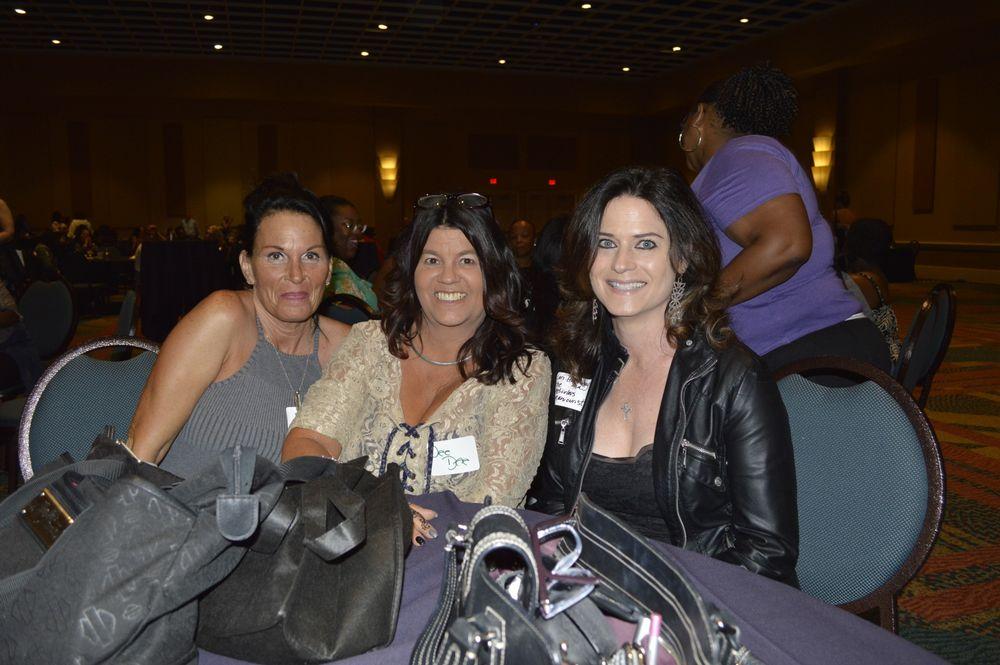 <p>Lisa McGee, Dee Dee Wisnicki, and Lori Halloway</p>