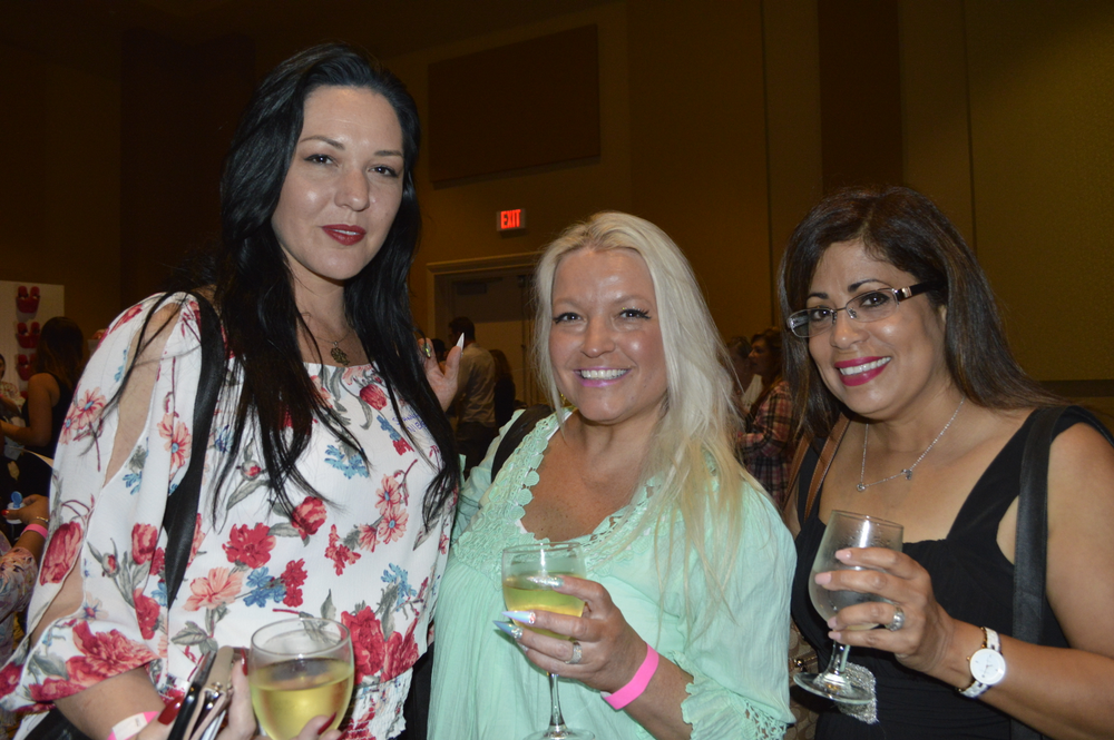 <p>Shannon Nieves,Victoria Zegarelli, Rosa Vargas</p>