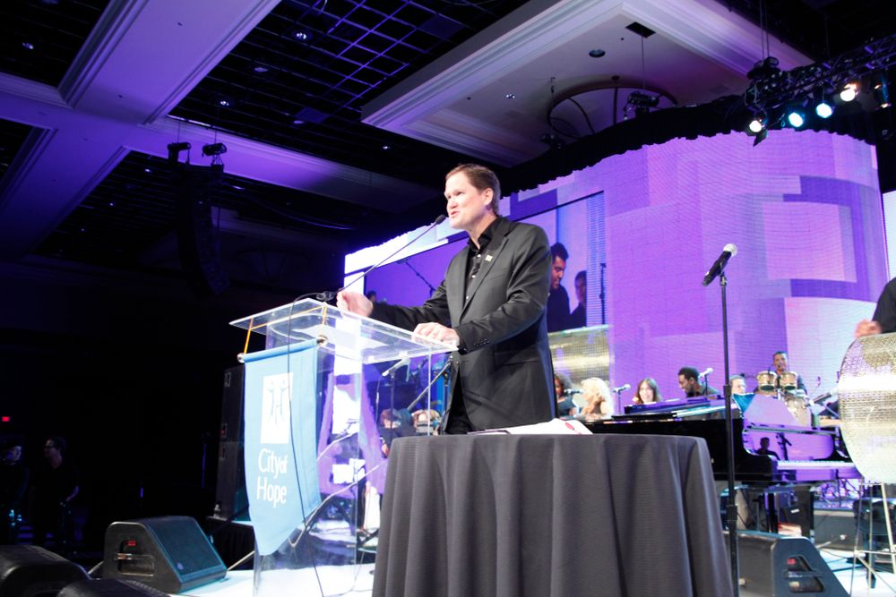 <p>Former CND president John Heffner was the dinner chair and MC of the night.</p>