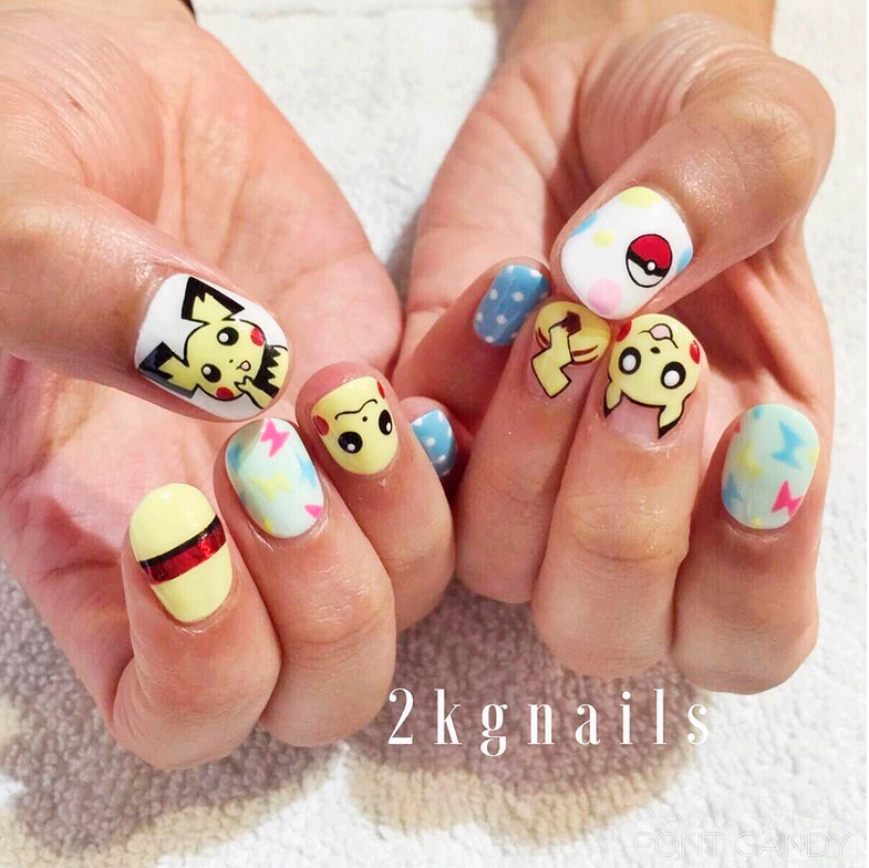 "<p>Pikachu and Pichu nails with pok&eacute; ball by <a href=""https://www.instagram.com/2kgnails"">@2kgnails</a></p>"
