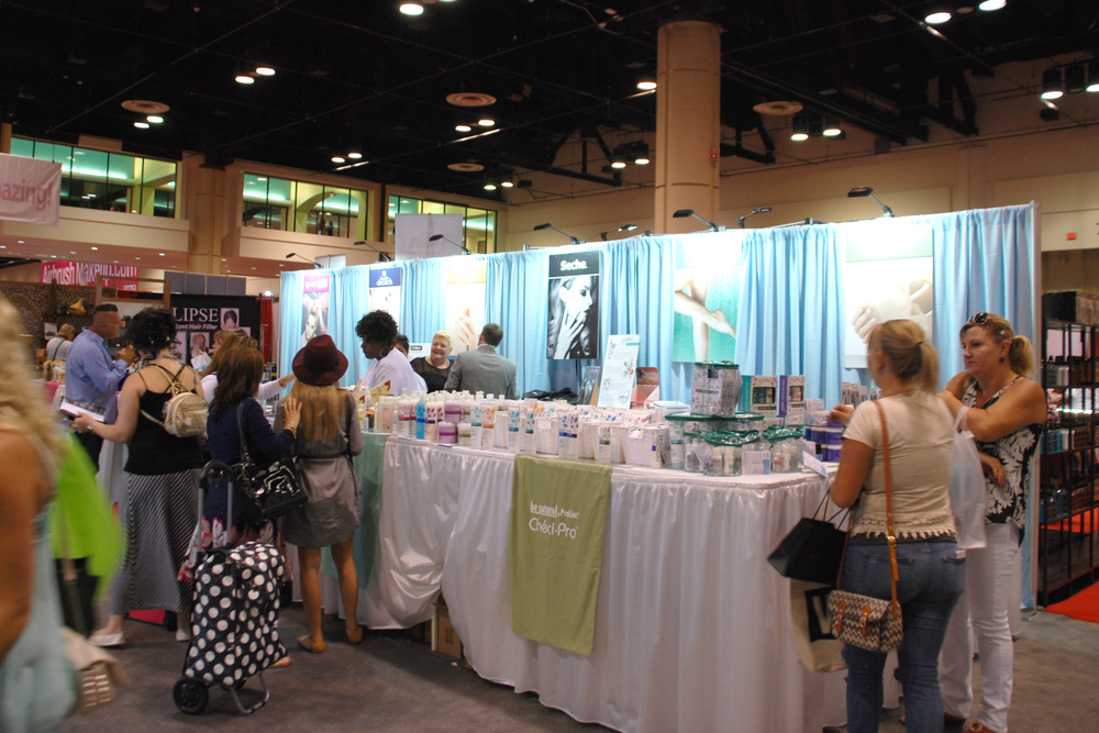 <p>AII brands Nail Tek and Seche shared booth space and fun.</p>