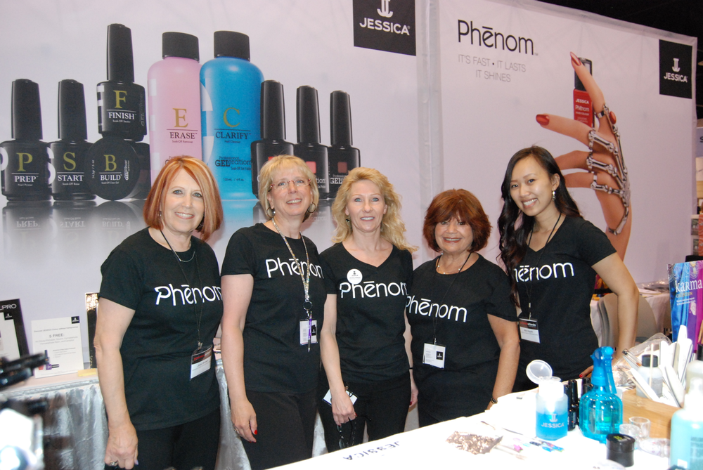 <p>Jessica Cosmetics' Joey Brown, Kris Ruffin, Ilene Richkind, Donna Wilton, and Niki Huynh</p>