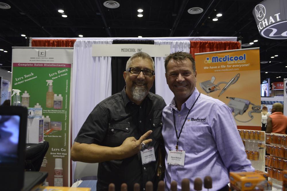 <p>Robert Munkel and Steve Wallace of Medicool.</p>