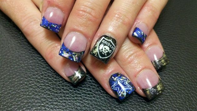 <p>Raiders and Cowboys mix-and-match nails by&nbsp;Sara Hanley</p>