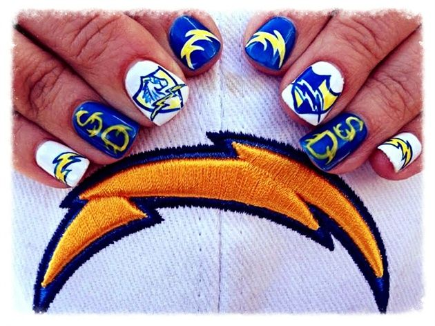 <p>San Diego Chargers nails by&nbsp;Liza Waitzman</p>
