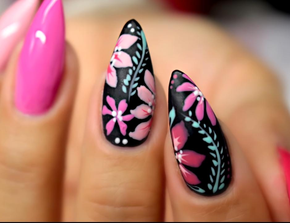 Black Flower Nail Art