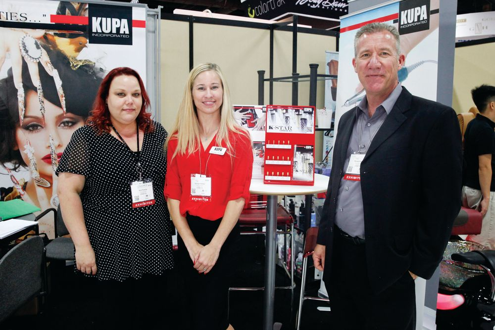 <p>Kupa Inc.&rsquo;s Sara Kuzma, Rachael Wilson, and Richard Hurter promoted the company&rsquo;s K-Star carbide drill bits.</p>