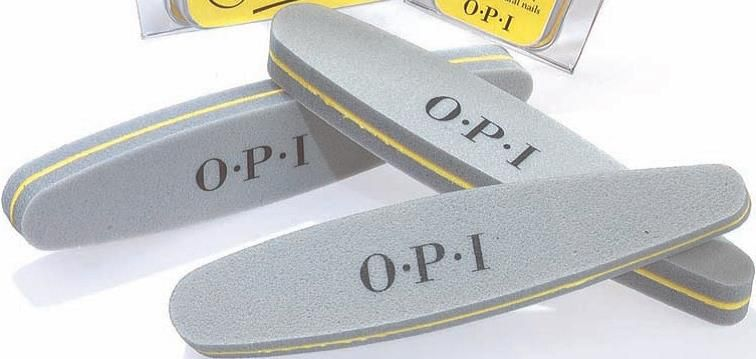 <p><strong>2004 Favorite File: OPI Nail Smoother</strong></p> <p>2nd: Creative Nail Design Girlfriend buffer; 3rd: Nail Tek Crystal File; 4th: Backscratchers Salon Systems SeptiFile Sanitizable File System; 5th: Creative Nail Design Blizzard Board</p>