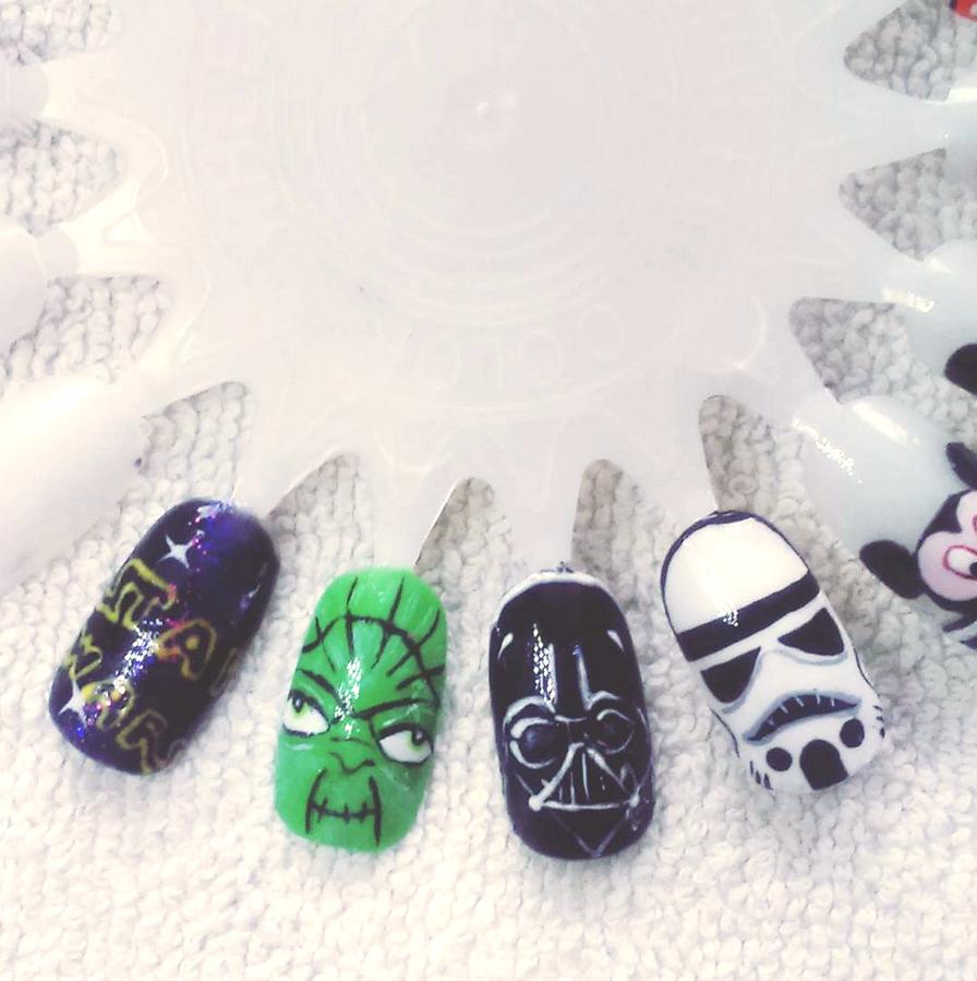 "<p>Yoda, Darth Vader, and Stormtrooper nails by <a href=""https://www.instagram.com/sylwianiem"">Sylwia Niemiec</a>, Oslo, Norway</p>"