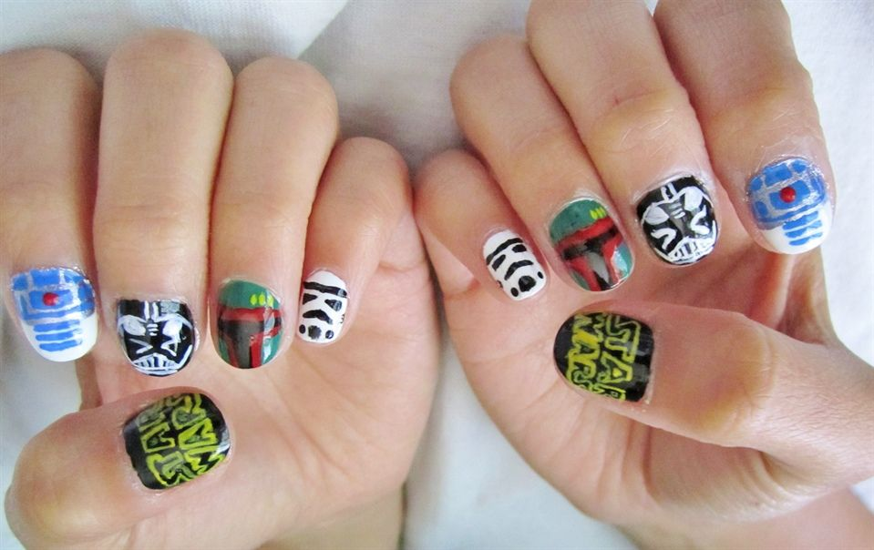 "<p>Nails by&nbsp;<a href=""http://nailartgallery.nailsmag.com/stuffanieworld"">StuffanieWorld</a></p>"
