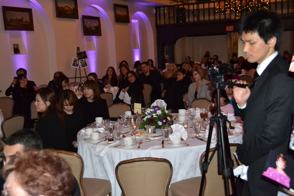 <p>A crowd of several hundred enjoyed the exquisite atmosphere of the Mission Inn, a setting that Tom's friends said he enjoyed for the lights during Christmas. At the end of the day, close friends and family watched the Inn light up.</p>