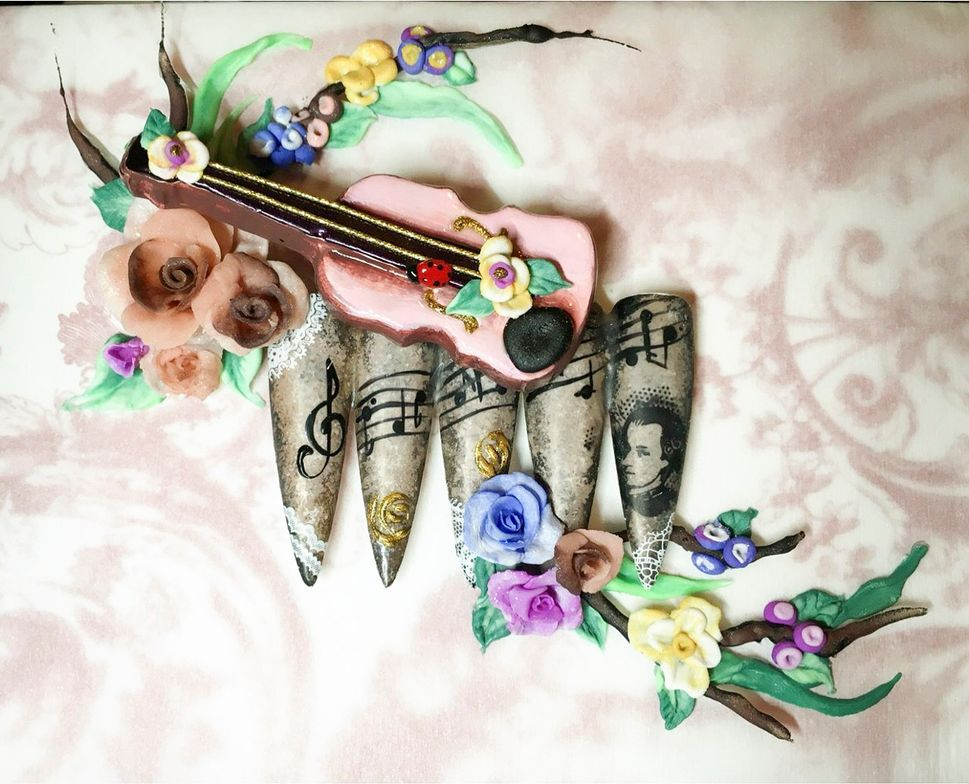 """<p>Nails by Tracy Vinson for the <a href=""""http://www.viet-salon.com"""">VietSALON</a> Nail Artistry Competition</p>"""