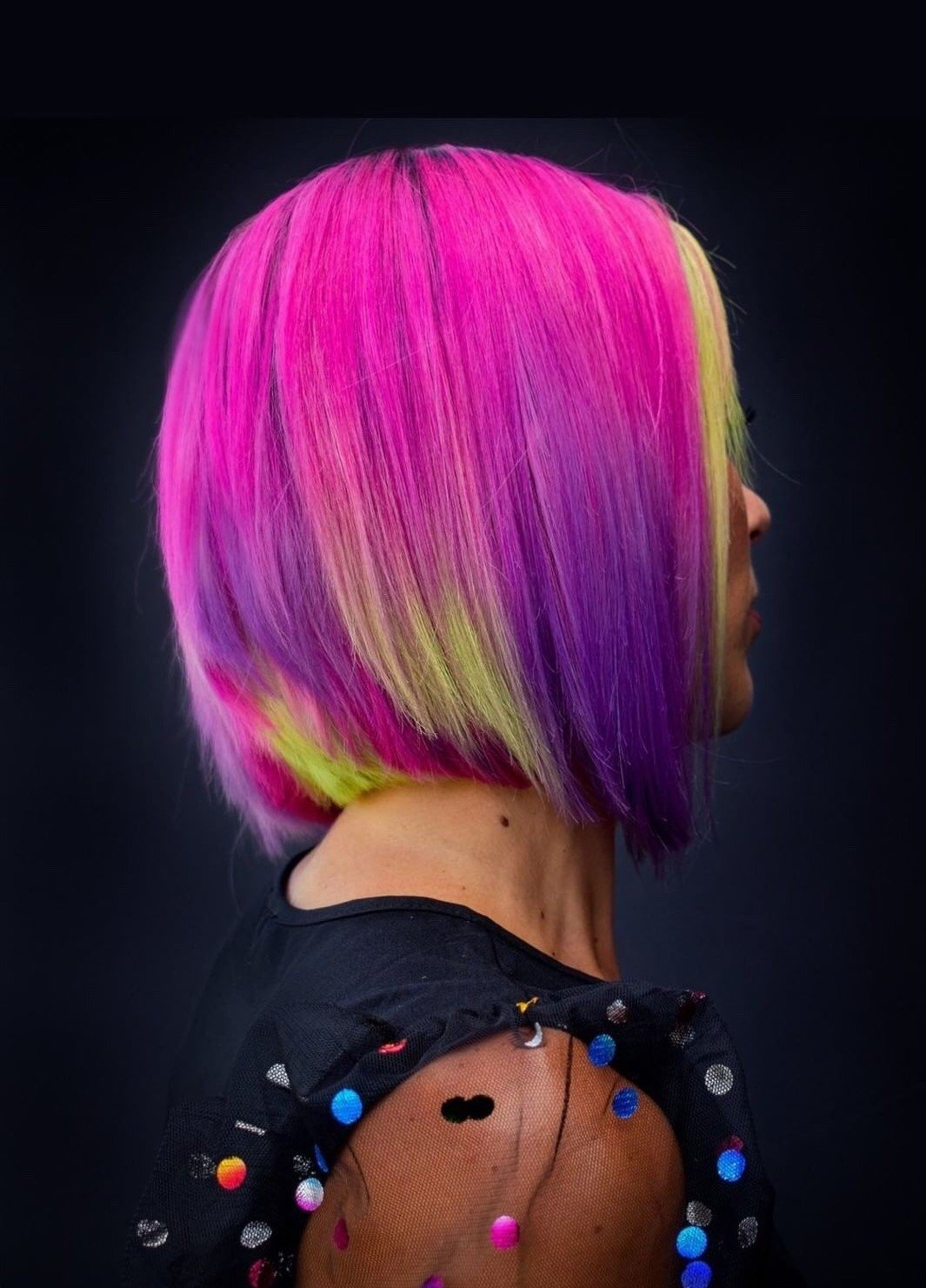 Removing direct dyes from compromised hair is no easy task, but Diana Giannini @lzhouseofhair relies on Malibu C's Direct Dye Lifter to ensure old color residue is removed while preserving the hair's integrity.  - @lzhouseofhair