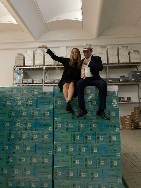 <p>MODERN SALON Editor in Chief Alison Alhamed with In Italy founder Giovanni Mogni.</p>