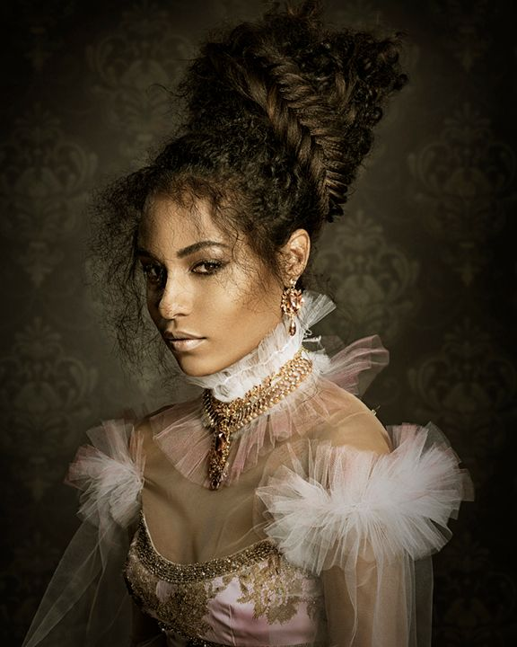 <p>Ulta Beauty Design Team</p>  <p>Bolingbrook, IL</p>  <p>Photographer: Richard Monsieurs</p>