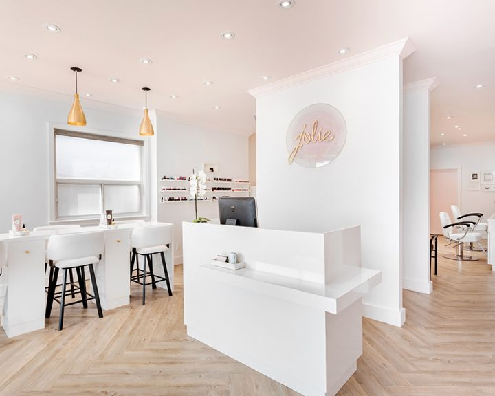 <p>Jolie Beauty Bar, Toronto</p>