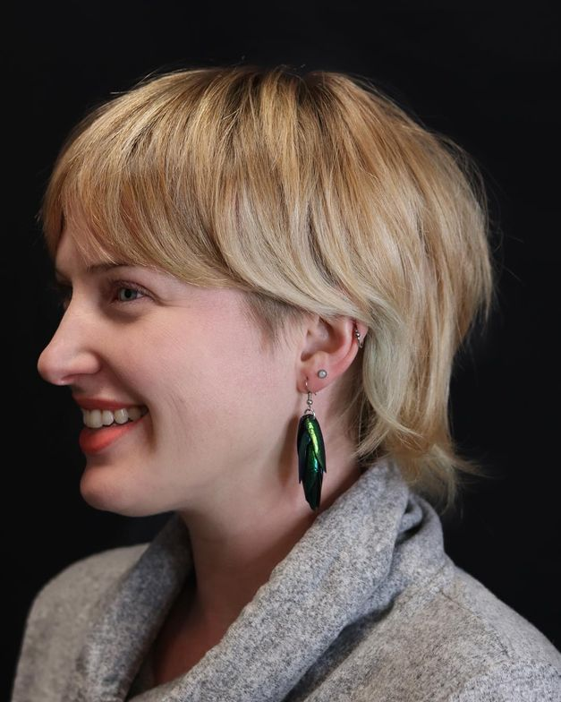 <p>When one has a statement haircut, one looks awesome wearing statement earrings.</p>  <p>&nbsp;</p>