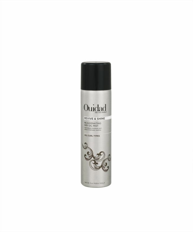 <p>&ldquo;Ouidad Revive &amp; Shine rejuvenating dry oil mist doesn&rsquo;t wet the hair, it just provides a soft mist that allows the curl to absorb what it needs and fall into the position.&rdquo; - Robert Thomas, Ouidad Curl Specialist</p>