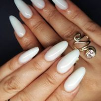 2020 Nail Trend: Milky Manicure
