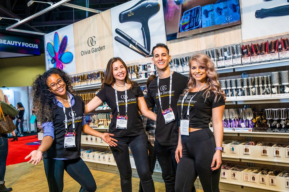 <p>Olivia Garden team, happy to be at ISSE</p>