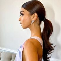 "Sarah Hyland's ""s pony"" for the 2020 SAG Awards"