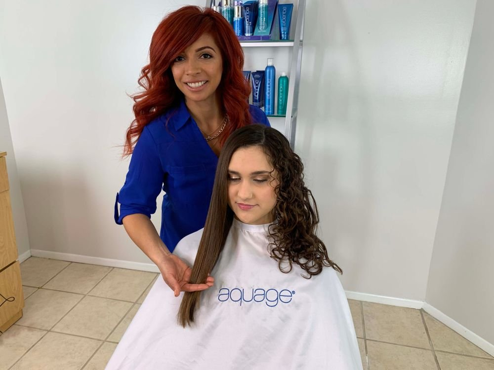 <p><strong>Aquage</strong> Master Educator <strong>Trisha Granados</strong> loves to play with texture. Here she demonstrates the <strong>Aquage Texturizing Line</strong> versatility by showing half the hair smooth and half with the curl maximized on a client with naturally multi-textured hair.</p>