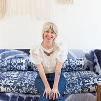 Jayne Matthews opened her own shop in 1998 and connected with the artists at Bumble and bumble,...