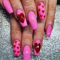 14 Valentine's Day Nails to Swoon Over