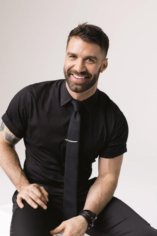 <p>Ulta Beauty&rsquo;s chief artistic director and member of the Ulta Beauty Pro Team, Ammon Carver</p>