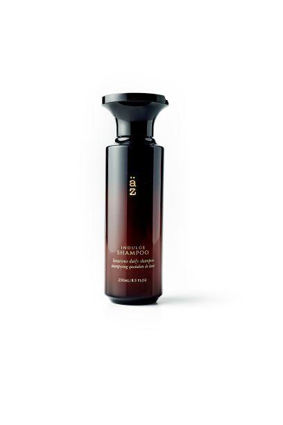 <p><em><strong>Sleek, sophisticated, top shelf packaging.&nbsp;</strong></em></p>