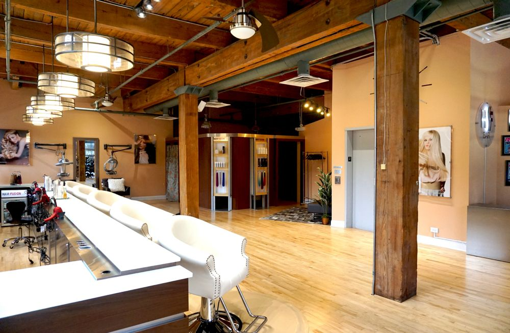<p>Hair Fusion Bar in Chicago.</p>