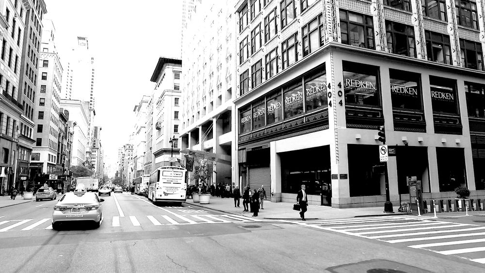 <p>New York. Fifth Avenue. What better place to expand your professional&nbsp; horizons?</p>