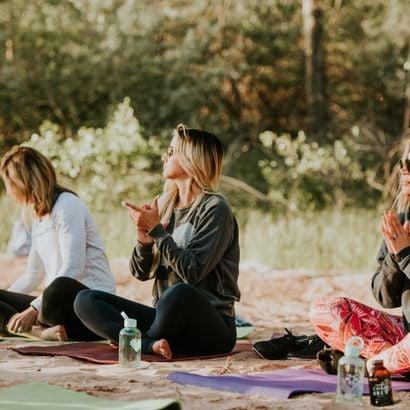 Chasing Happiness: How Wellness Inspires Elizabeth Faye's Hair Love Community