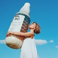R+Co Launches SUN CATCHER Power C Boosting Leave-In Conditioner