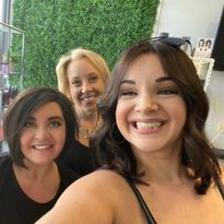 Stylist Finds Strength in Connection After Severe Car Accident