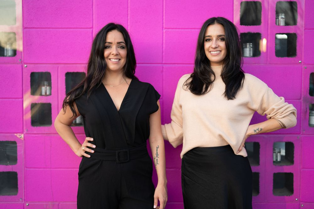 <p><strong>Handsome is a career and education app for the beauty and barber industries, cofounded by entrepreneur sisters April and Nikki Dominguez. </strong></p>